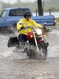 motorcycle_in_the_rain_opt